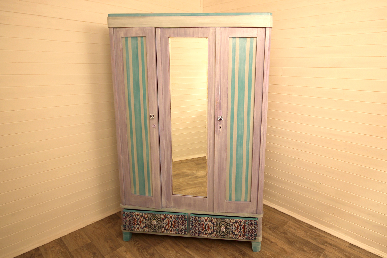 Декор дверок шкафа своими руками