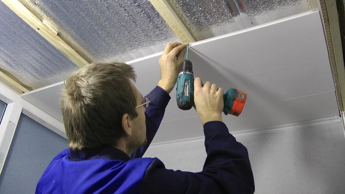 Как самим сделать потолок из панелей