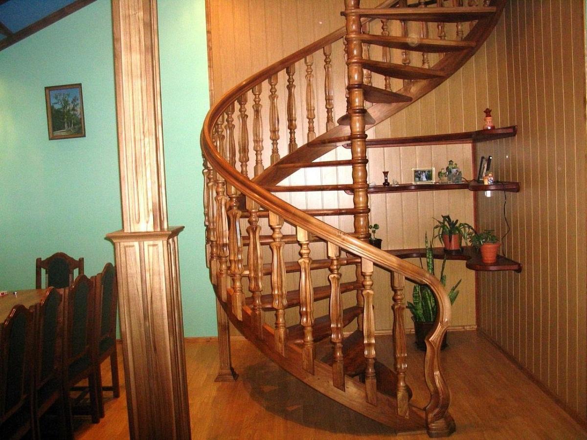 Как сделать дома лестницу на второй этаж