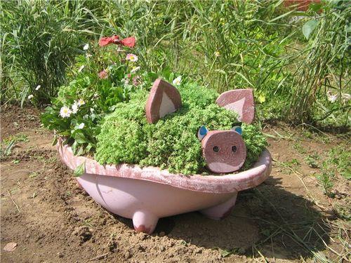 Декоративные украшения для сада своими руками 25